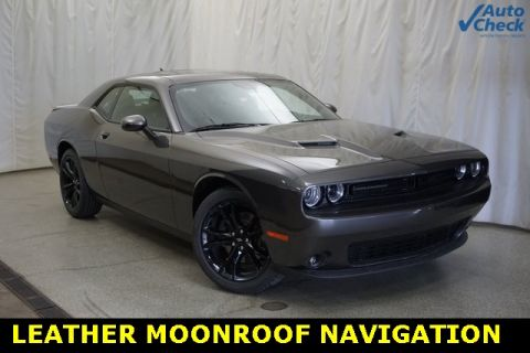 Pre-Owned 2018 Dodge Challenger SXT 2D Coupe in Schaumburg